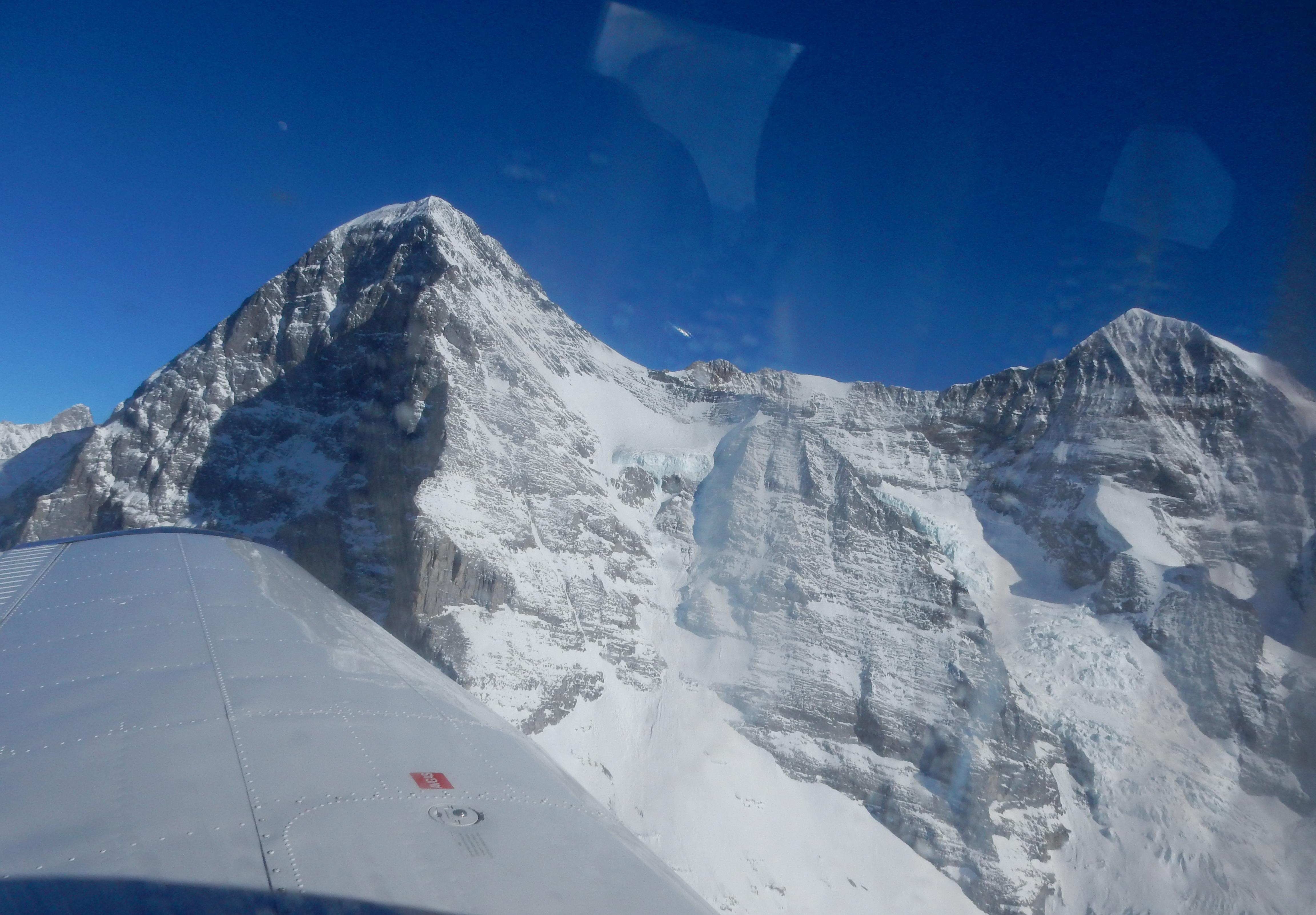 Eiger mit Nordwand und Mönch