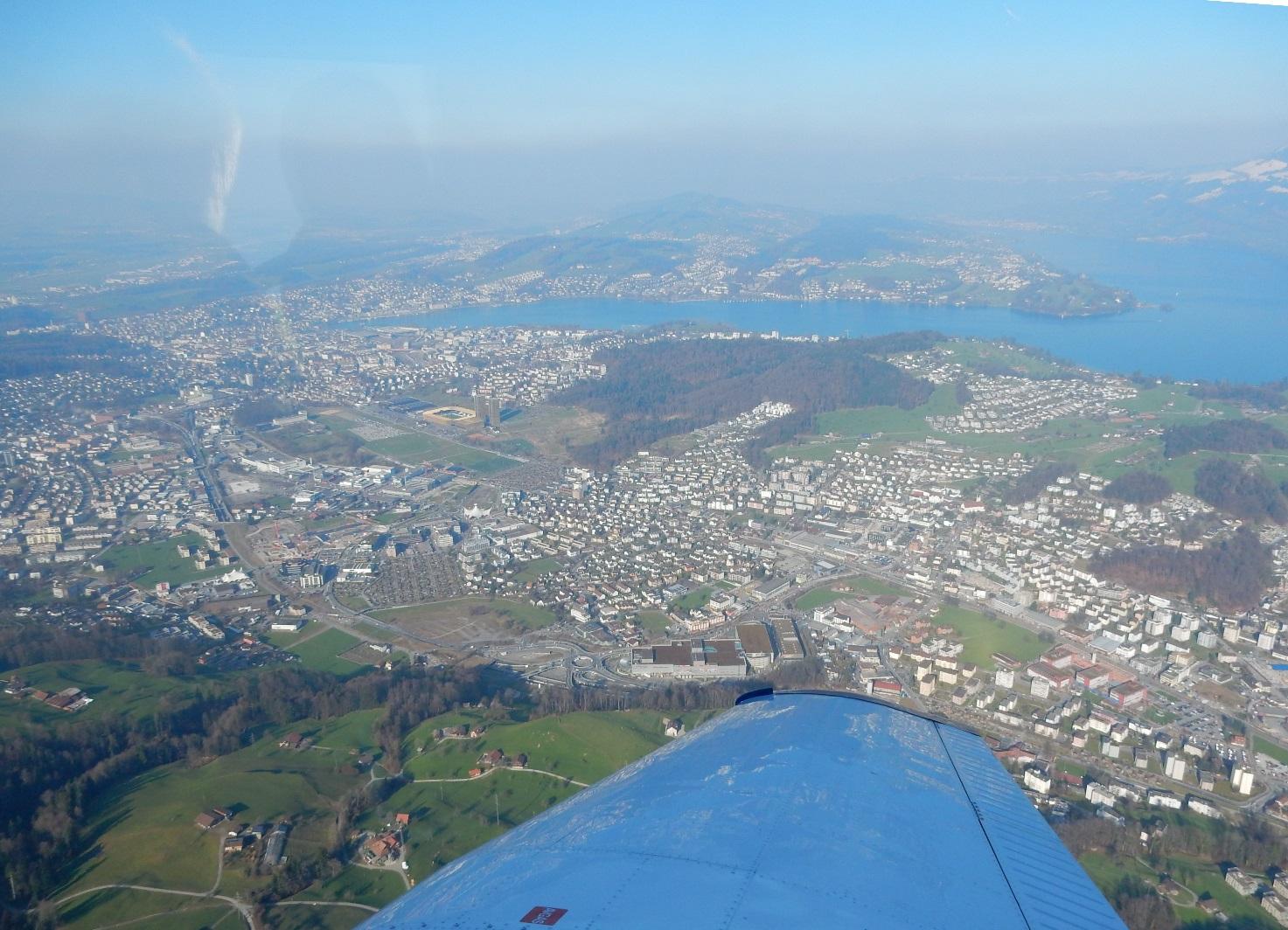 Stadt Luzern und Horw mit dem Luzernersee