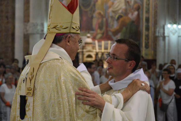 Bischof und Andreas
